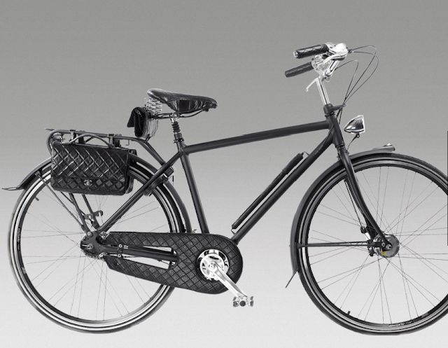 CHANEL couture bicycle