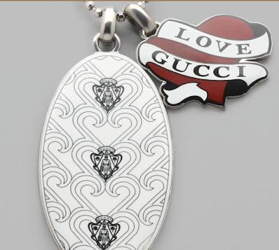 love gucci keychain