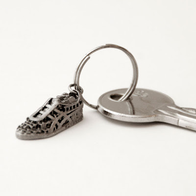 3D printed metal sneaker keychain