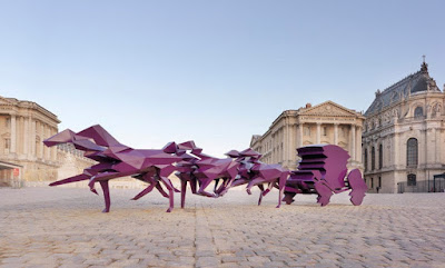 Veilhan's purple horse-drawn carriage at Versailles