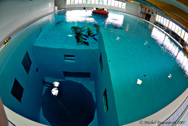 scuba diving in pool