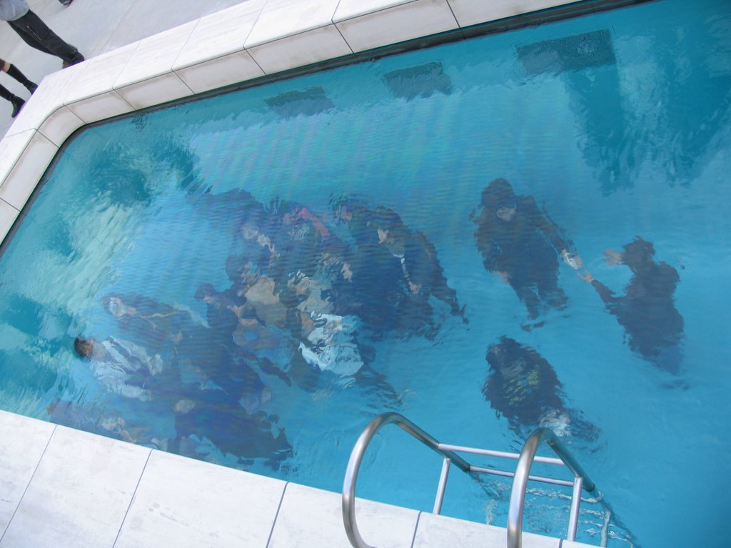 pool splash. A Fake Pool Makes Splash All Over The World.