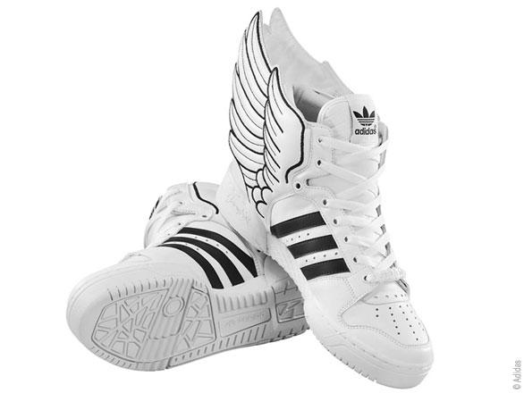 adidas chaussure avec des ailes