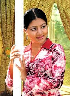 Kaveesha Ayeshani - Sri Lankan Actress And Models