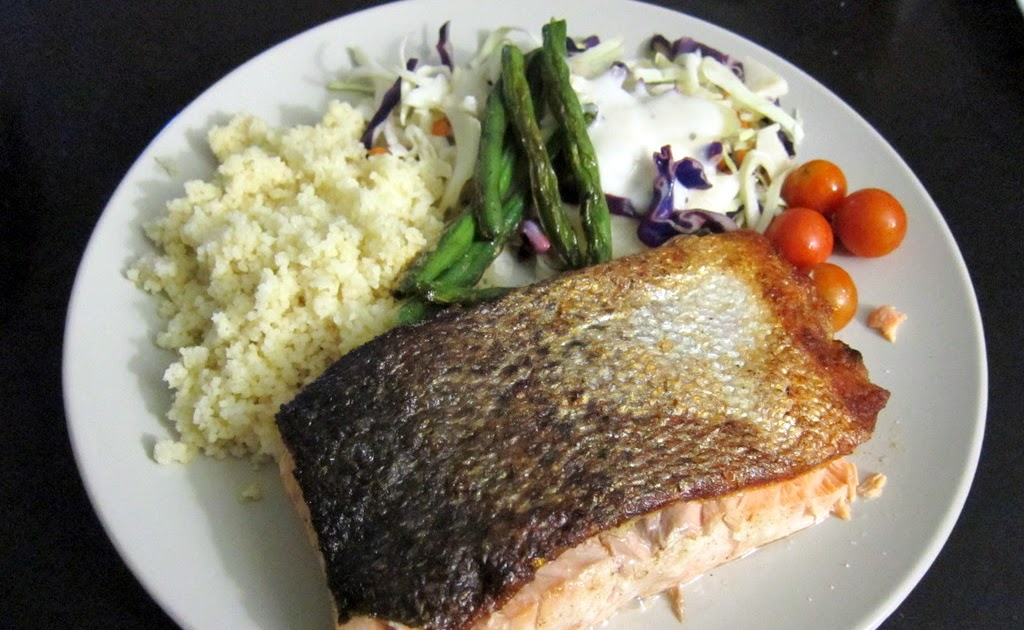 The Hungry Student Cooks Pan Fried Salmon Fillet With