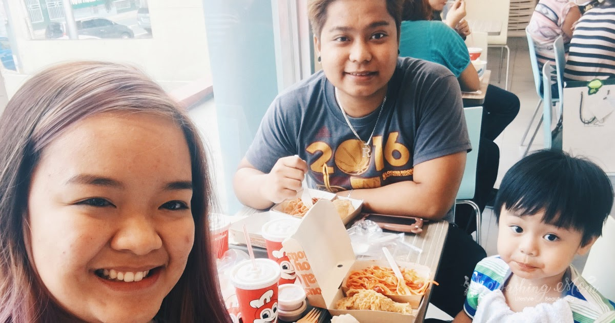 dashingmom-jollibee