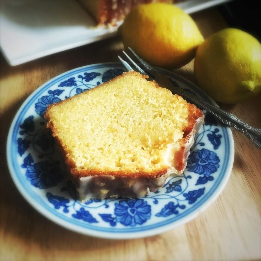 lemon drizzle, lemon, cake, pound cake, recipe, moist, lemon zest, sugar syrup, best pound cake