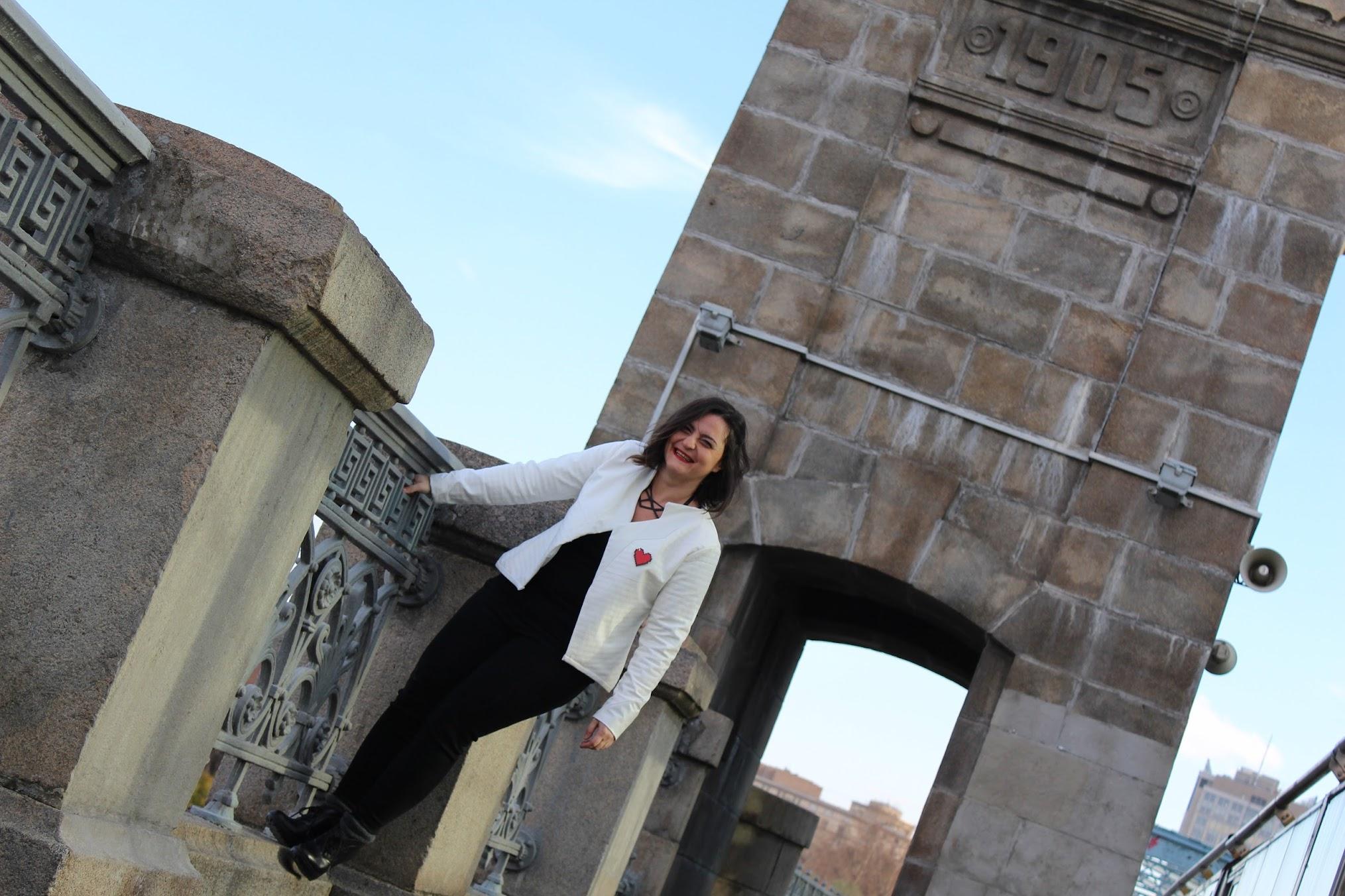 29 Ekim etkinlik dikiş etkinliği beyaz ceket