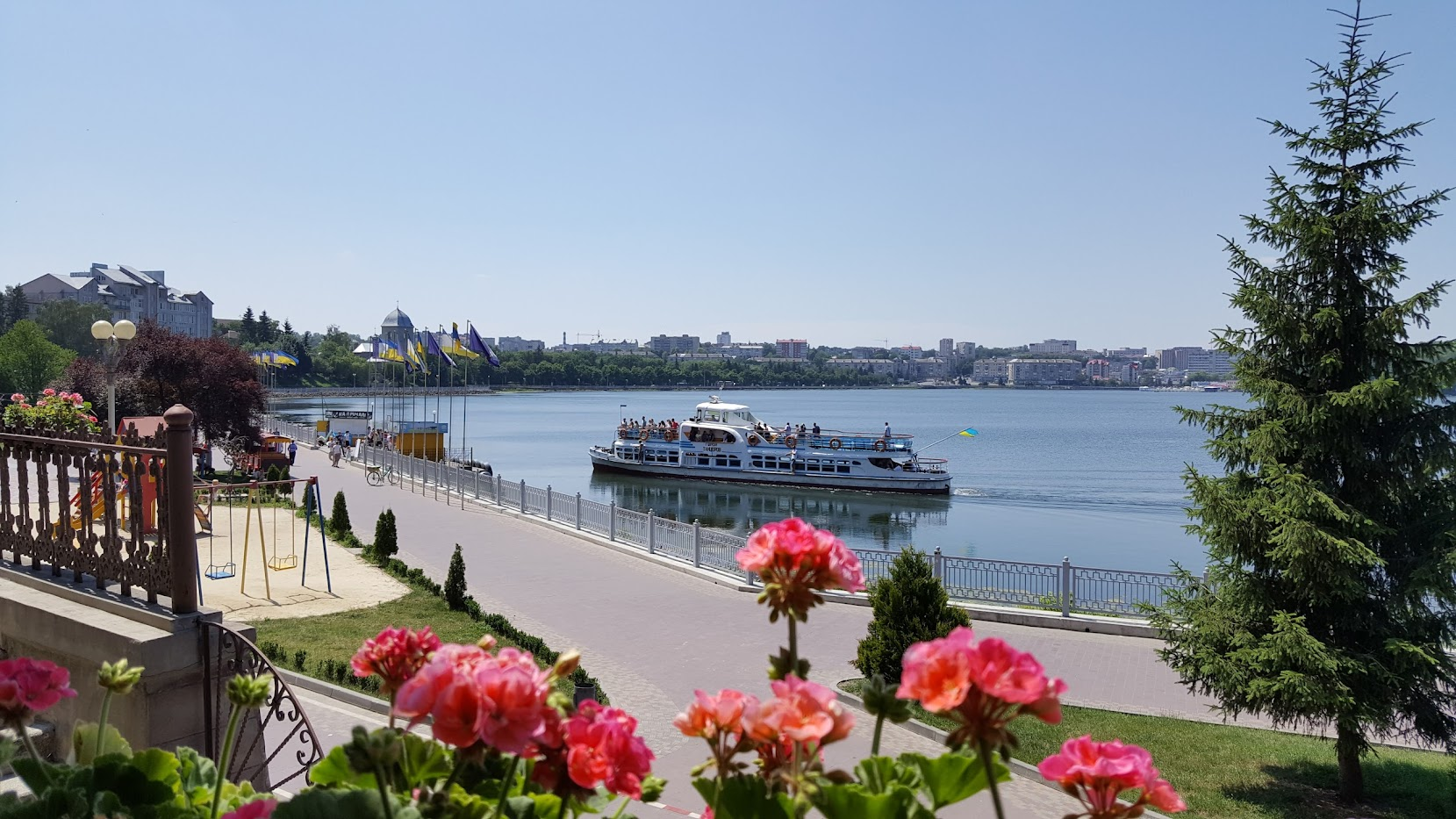 Тернополь, набережная, море