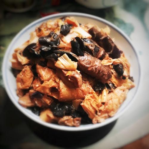 Buddha's delight, celebration, chinese, chinese new year, Nam Yue, Nam Yue Luohan Zhai, recipe, red fermented bean curd, vegetarian, 南乳炆齋, 南乳羅漢齋, 南乳齋煲